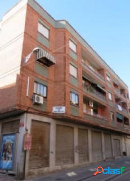 Amplio piso en el centro de Armilla