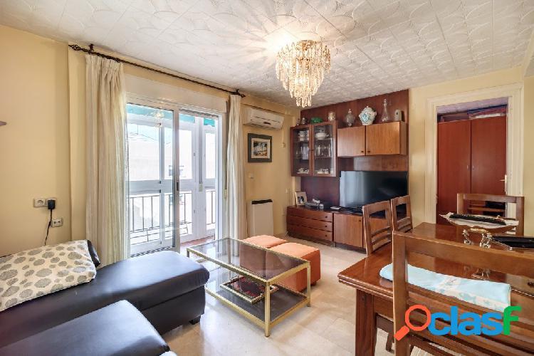 Bonito piso en Quita planta en Plaza Fontiveros