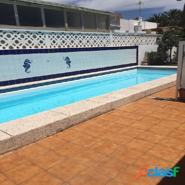 Bungalow de 3 dormitorios en Alquiler en Playa del Ingles