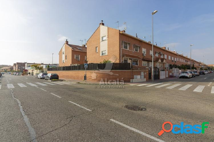 Magnífico chalet adosado en la mejor zona de Alcalá de