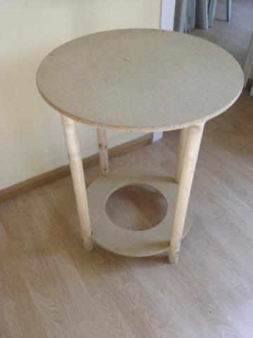 Mesa camilla de madera de 60 cms. de diámetro y 75 cms. de