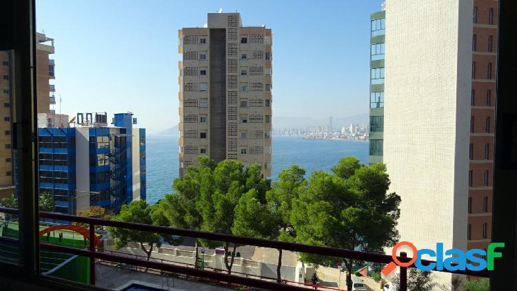 Reformado apartamento con vistas al mar a un paso de la