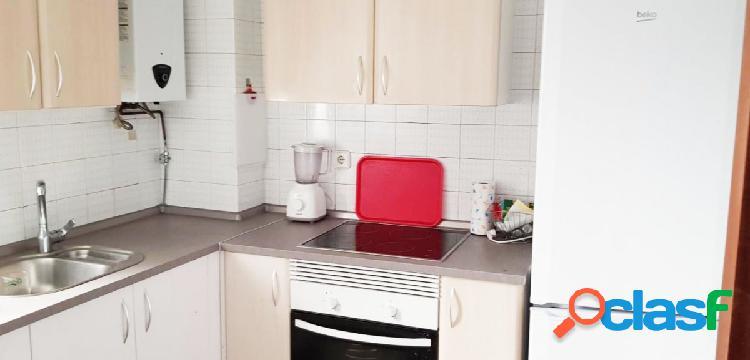 Urbis te ofrece un estupendo piso en zona Las Úrsulas,