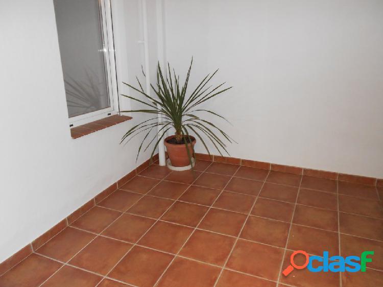 Vendo piso a estrenar reforma, zona Paseo María Agustín,