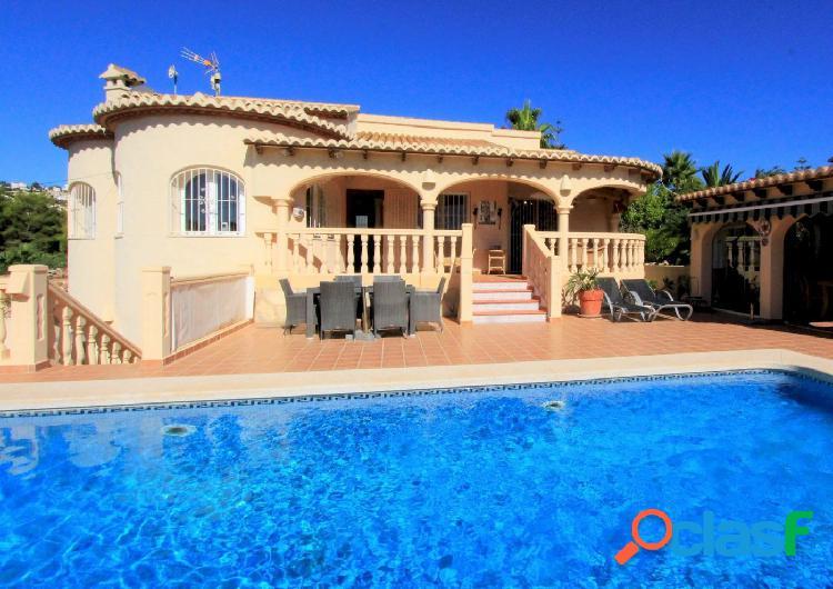 Villa de estilo mediterráneo en Calpe a solamente 2500