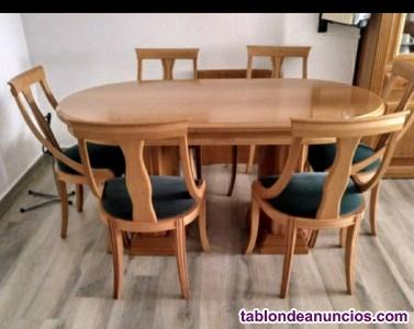 Conjunto de mesa y sillas comedor madera maciza.