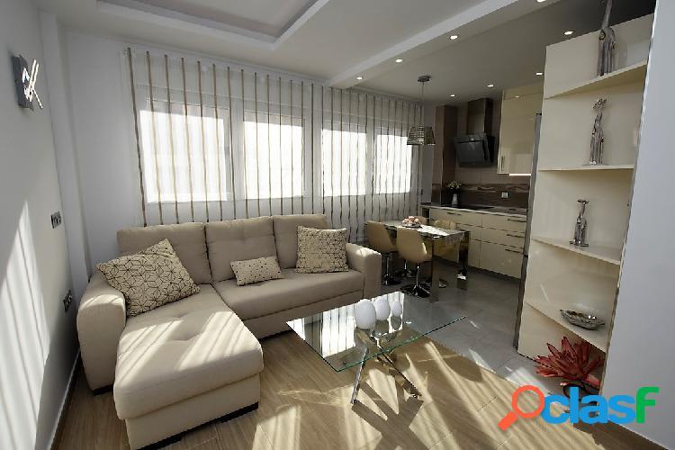 CENTRO DE TORREVIEJA, Apartamento de 2 dormitorios.
