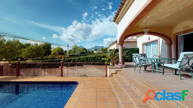 Preciosa casa, para entrar a vivir - Bello Horizonte, La