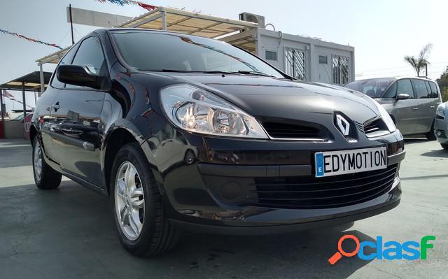 RENAULT Clio gasolina en Montesinos (Alicante)