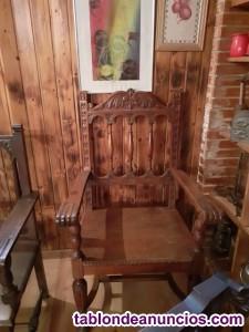 Sillon antiguo de madera