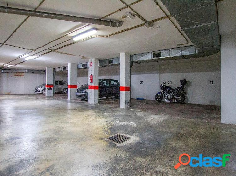 Plaza de Parking en calle General Ricardo Ortega,Foners,