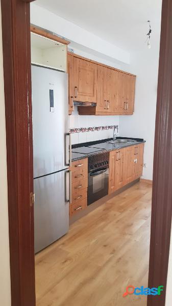 Se alquila piso de 2 habitaciones en la zona de Valsequillo