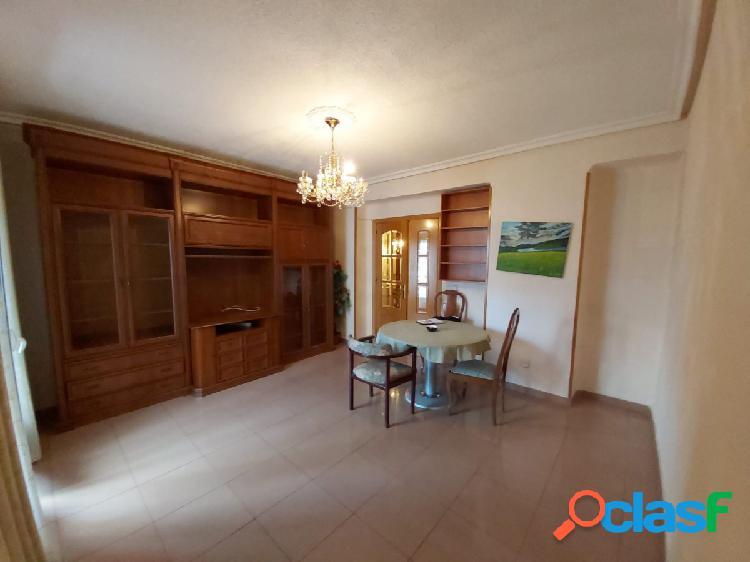 Alquiler de piso en Las Ventas exterior, 3 dormitorios.