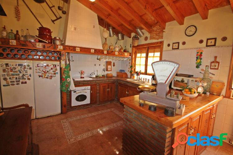Casa en Urbanización los Pinos de Alhaurín.