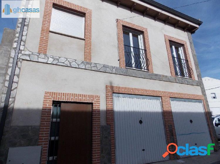Casa en venta en Torres De La Alameda, Madrid