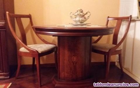 Mesa de salón + 4 sillas
