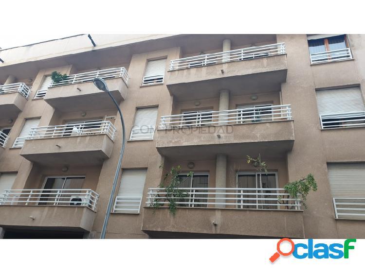 Piso en alquiler con 183 m2 y 4 habitaciones en zona PARC