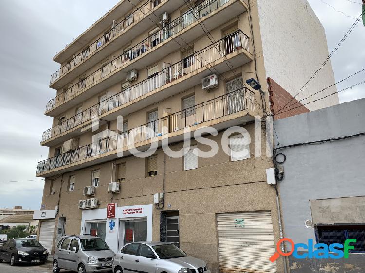 Piso en venta de 60 m² Calle Bolivia, 03330 Crevillent