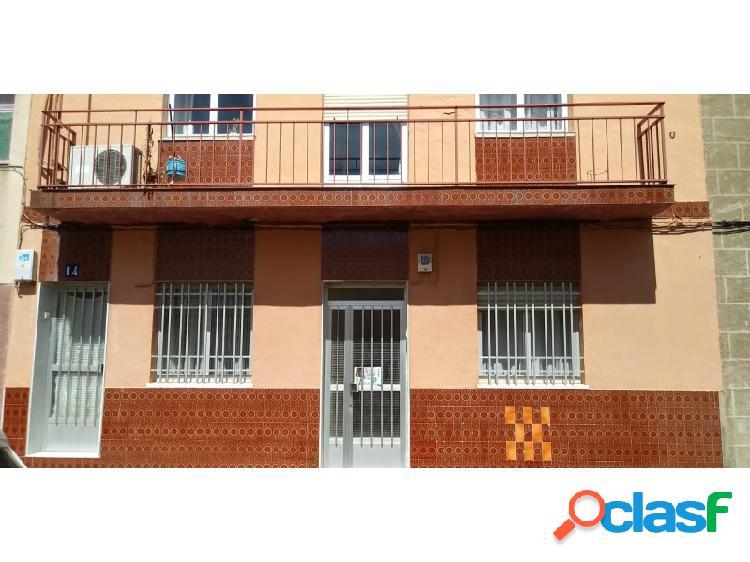 Casa situada en la zona de Plaza de Italia.