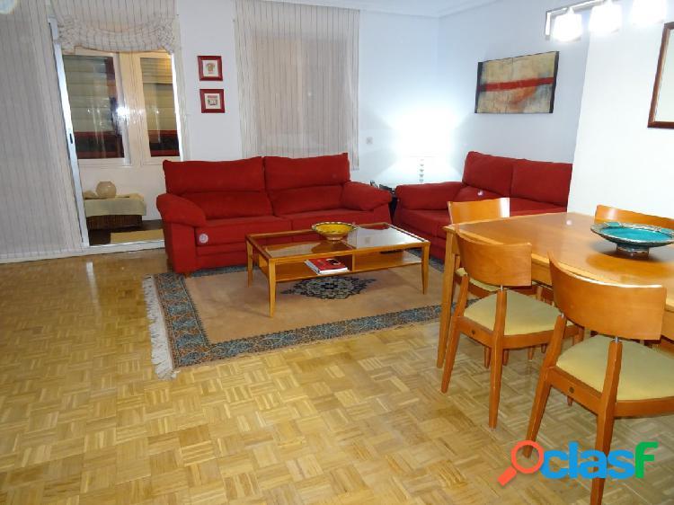ESTUDIO HOME MADRID OFRECE piso en cuarta planta exterior de