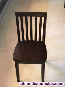Mesa y cuatro sillas multiuso para niños