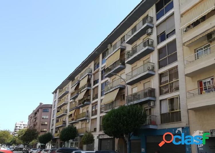 Local en venta en Calle Ciutat De Barcelona, 4, 46702,