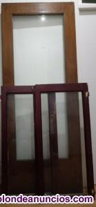 Venta de puerta y dos ventanas de madera y crital.