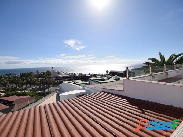Magnifico bungalow con fantásticas vistas al mar en un