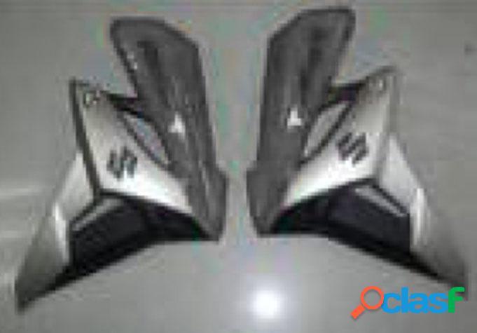 Suzuki. Cubiertas laterales (gama alta). Modelo GSR750.