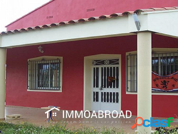 Casa en venta en Teresa de Cofrentes con 2 dormitorios y 1