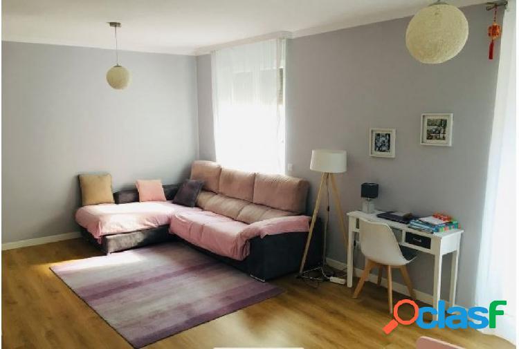 Urbis te ofrece un estupendo piso en zona Labradores,