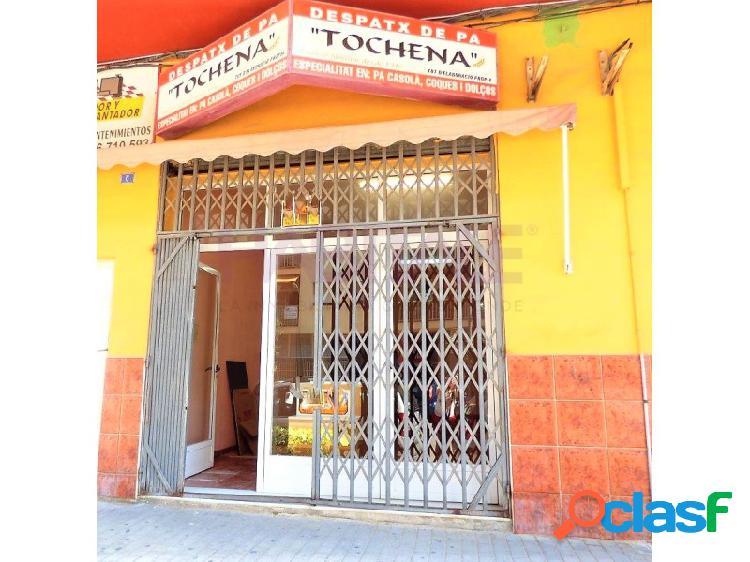 BAJO COMERCIAL EN VENTA Y ALQUILER. 126 m2.