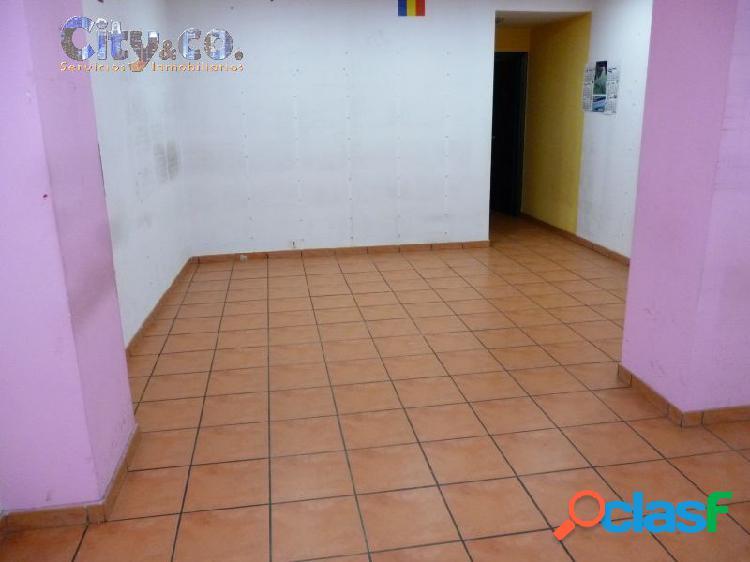 Céntrico Local Comercial en Molina de Segura