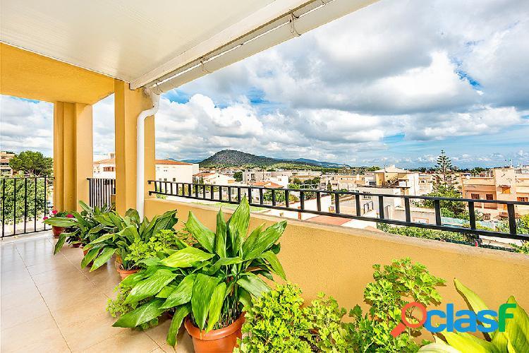 Se vende ático de 3 dormitorios con terraza y parking en