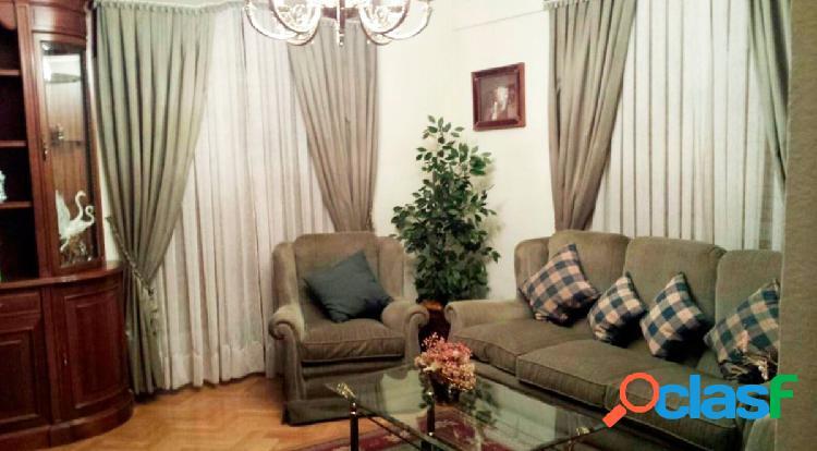 Urbis te ofrece un céntrico piso en alquiler en Salamanca.