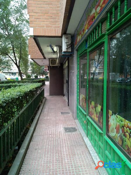 Se alquila céntrico local comercial, Alcalá de Henares