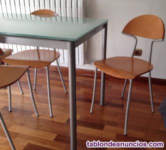Vendo mesa cocina con 4 sillas