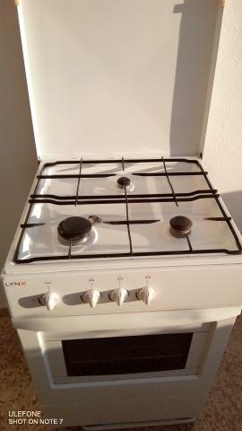 Cocina con horno a gas butano