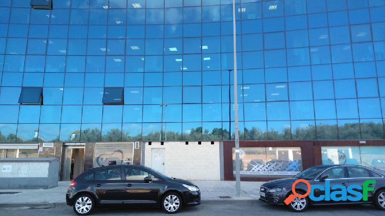 Local en Polígono PISA, Edificio Metropol III