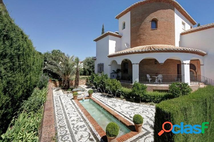 Espectacular vivienda en Cortijo San Javier
