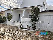 Hermosa villa de 5 dormitorios, amarre, piscina, sur,