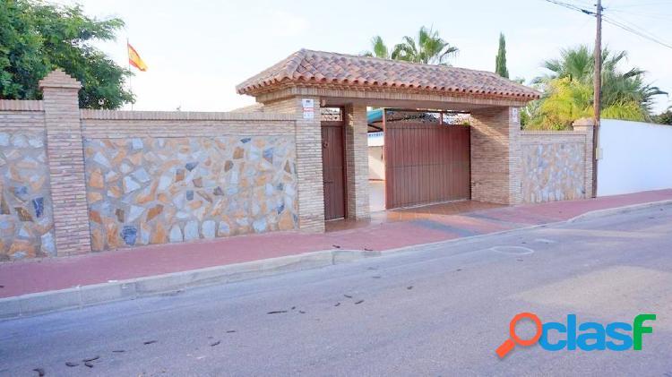 Villa con estilo mediterráneo