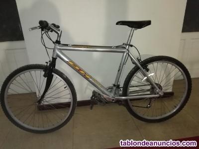 Se vende bicicleta de aluminio
