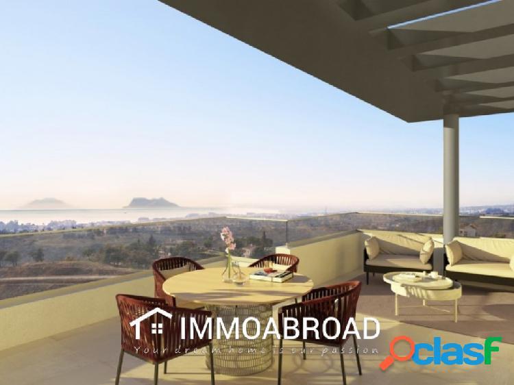 Apartamento en venta en Estepona con 3 dormitorios y 3