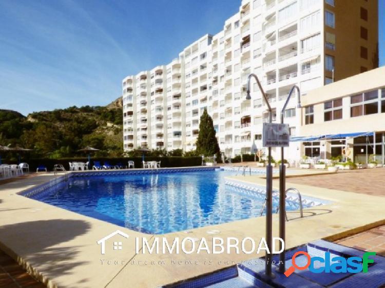 Apartamento en venta en Villajoyosa con 2 dormitorios y 1