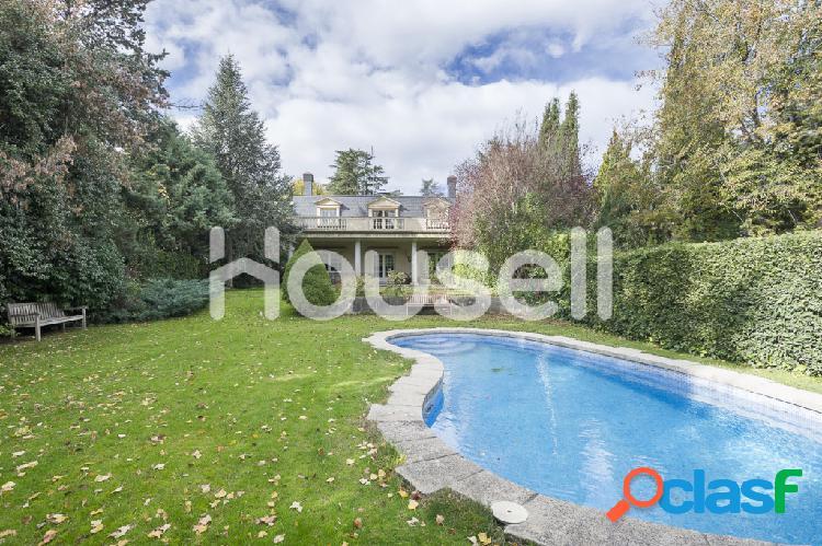 Casa en venta en Calle de Arroyofresno, 28035 Madrid