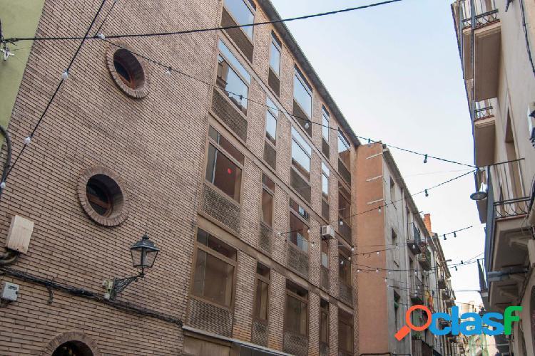 Edifici en venda al centre de Manresa!!