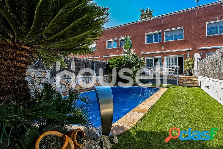 Espectacular chalet en venta de 216 m2² y 190 m² de