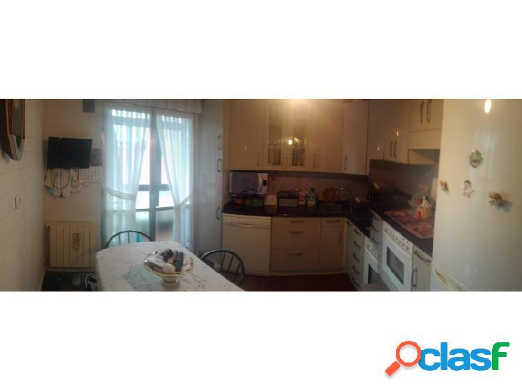 Precioso piso en venta, en Sestao, 3 dormitorios, ascensor y