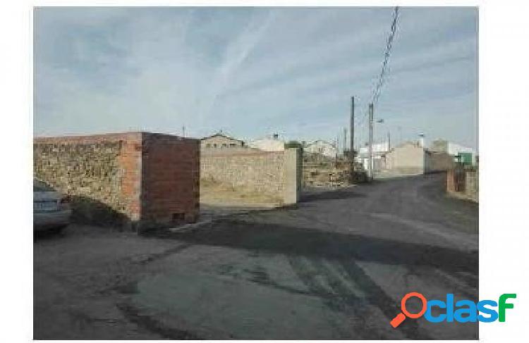 Urbis te ofrece Solar en Villaseco de los Gamitos,